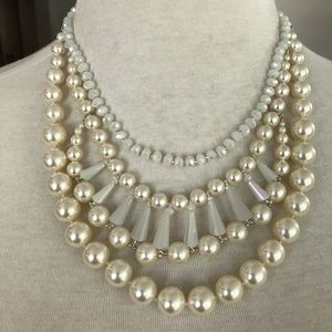 NWOT Authentic Chan Luu White Pearl Mix Statement